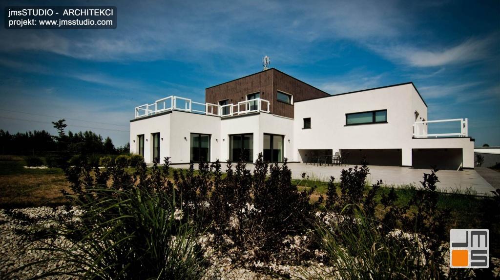 Architekt Kraków projekt dużego ekskluzywnego domu nowoczesny dom z dużymi oknami pod Poznaniem projekt elewacji ogrodowej