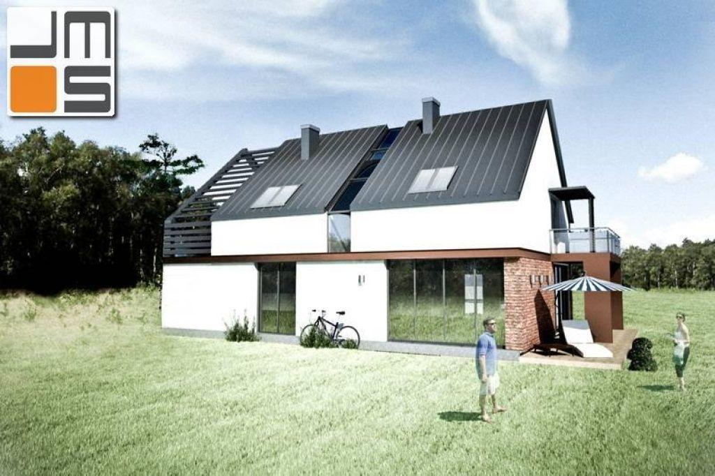 Projekt domu z nowoczesnym przeszkleniem klatki schodowej