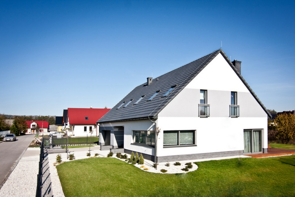 Prosty efektowny dom jednorodzinny