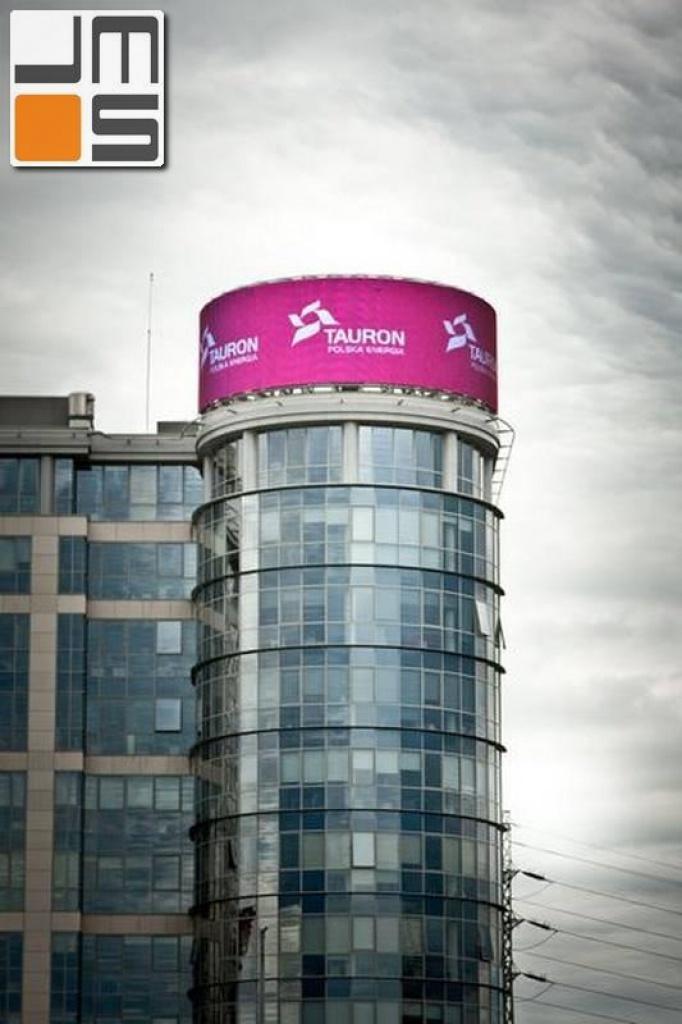 Realizacja dużego telebimu na budynku biurowo - usługowym w Katowicach